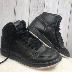 Nike Air Jordan 1 Retro High OG BG Size 6Y Black